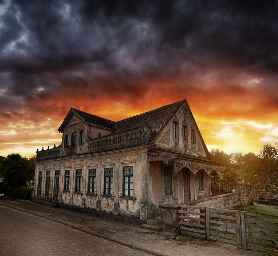 Dark House - Rancho Queimado - SC [ Ver Imagem Original ]